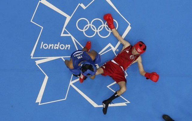 Carlos+Suarez e1343879856913 Trinidad & Tobago Boxer wins the heart of Olympic Spectators